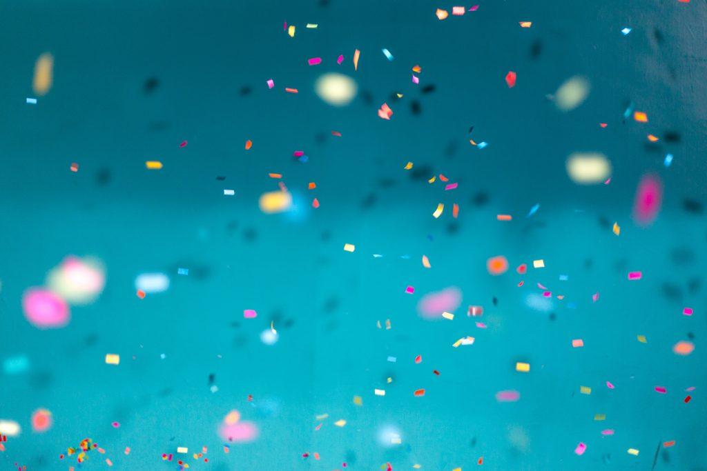 image-celebrate-customers